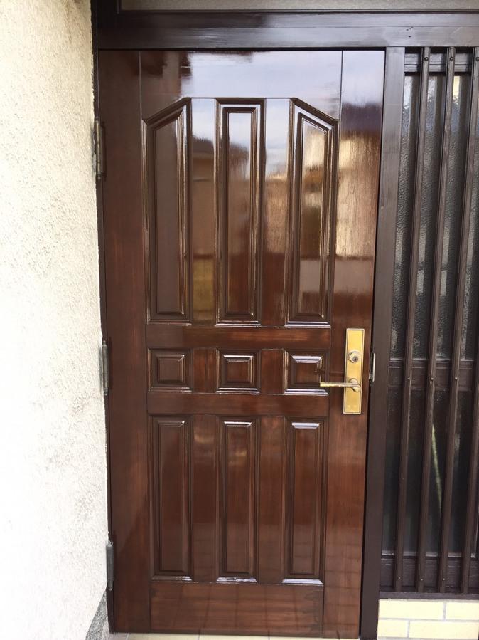 玄関扉 木製扉 木製扉の塗装 高槻市 一軒家の画像