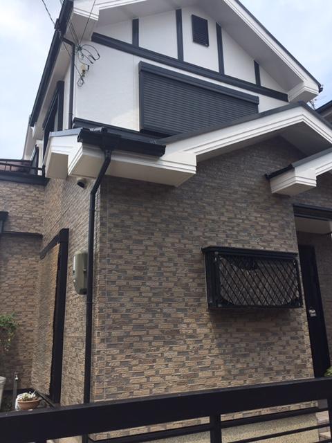 高槻市T様邸 一軒家 壁塗り替え 雨漏り サイディング 屋根塗装の画像
