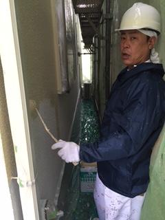 11.26箕面市 川端様邸 外壁上塗り.JPG