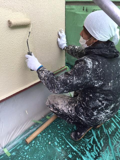 3.7茨木市 中村様邸 外壁下塗り.JPG