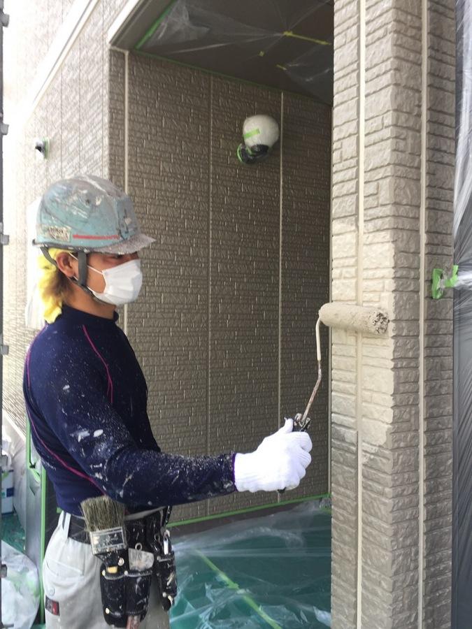 5.20茨木市 須田様邸 外壁上塗.JPG
