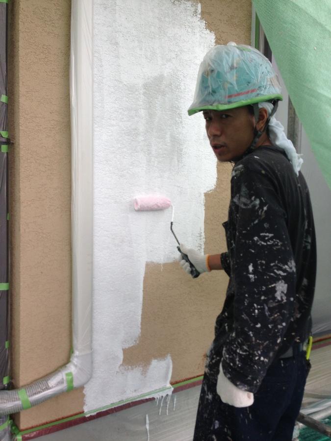 9.12 茨木市 牧様 外壁下塗り.jpg